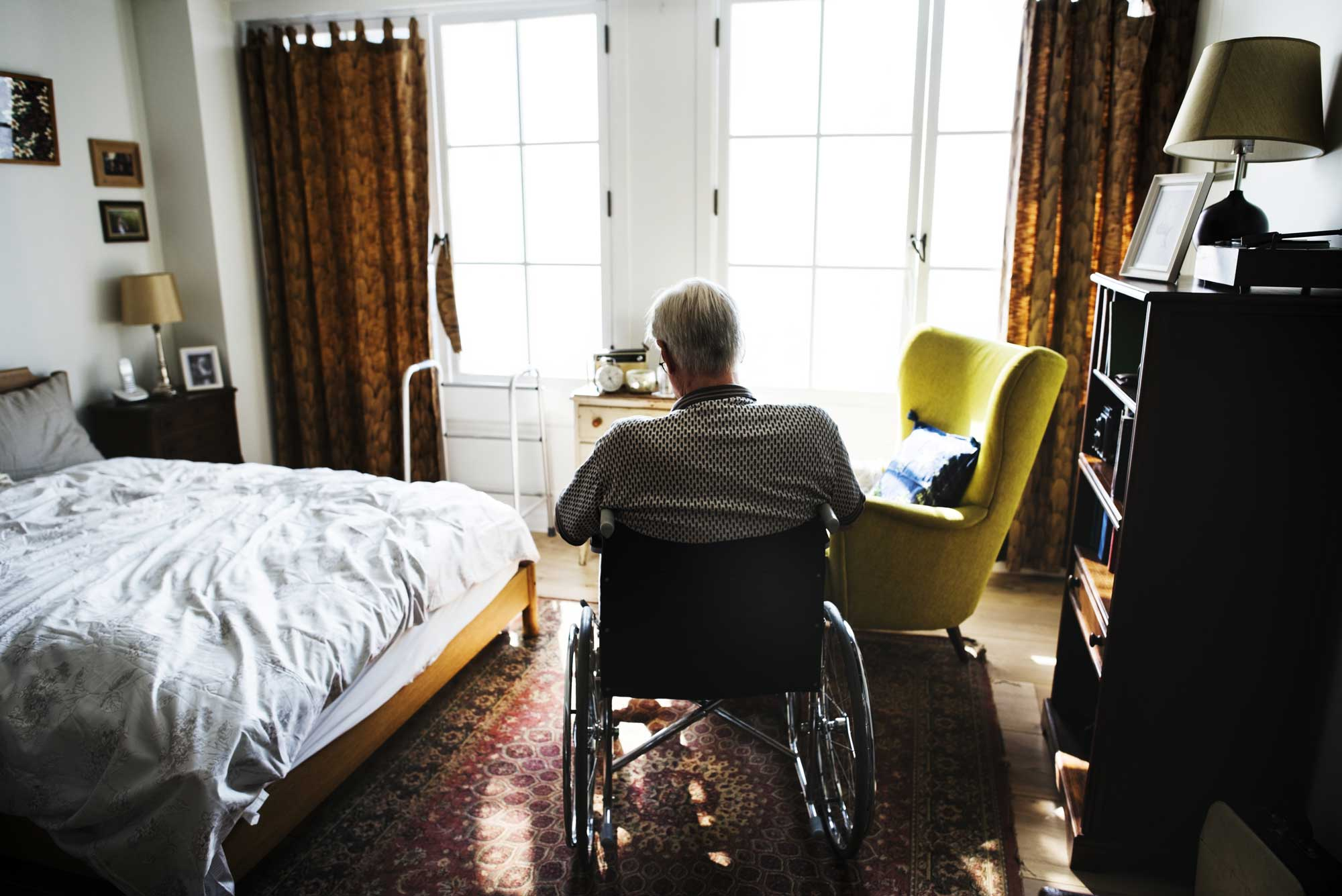 old man experiencing nursing home neglect